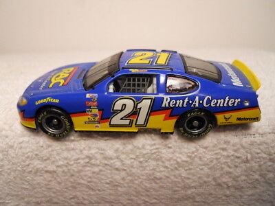 2004 Ricky Rudd  21 Ford  Rent A Center  1 64 Diecast Race Car  G