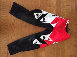 Thor -- Youth DirtBike pants -- used