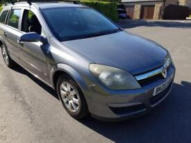 2005 Vauxhall Astra Estate 1.8i 16v automatic Club only 1 owner car £1299