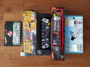 Carded hot wheels & collectible trucks at 613flea