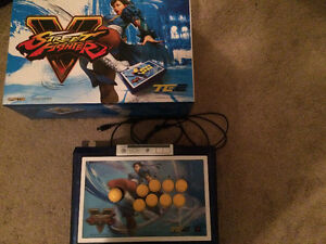 Madcatz Chun-Li fight stick mint condition