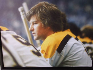 BOBBY ORR #4 BOSTON BRUINS LARGE FRAMED GICLEE CANVAS London Ontario image 4