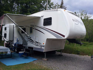 caravanne à sellette fifth wheel north shore 280RB-M5