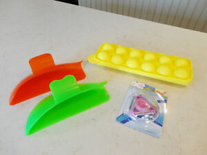 4 Kitchenware Items -Silicon Ice Cube Tray, Food Scoops, Peeler