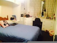 A Double bedroom in a lovely refurnished flat
