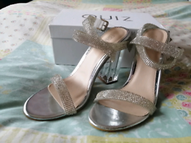 One use Quiz heels