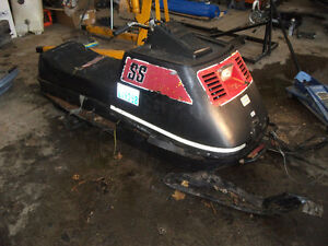 Parting out Skidoo Elans and Motoski Spirits