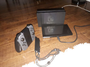 Nintendo switch excellent condintion for $320