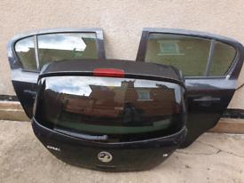 Vauxhall corsa 2012 doors