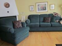Sofa et fauteuil en parfaite condition