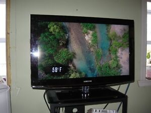"TV, 32"" Samsung LCD, Flat screen  with Stand"