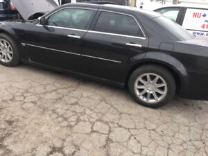 <<Parting out >> 2005-2008 Chrysler 300 5.7 HEMI| Call/Email |