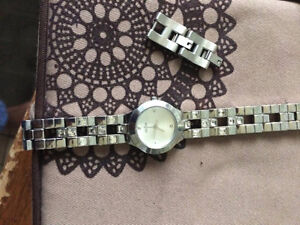 MONTRES GUESS NEUF