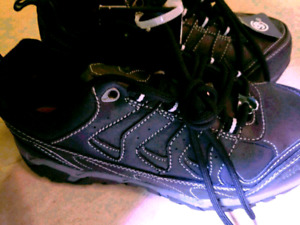 Workload Men's Norseman Safety Work Shoes Size 5