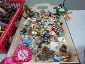 tons of assorted costume jewellery
