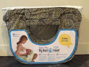 Brest Friend - Twin Breast Feeding Pillow