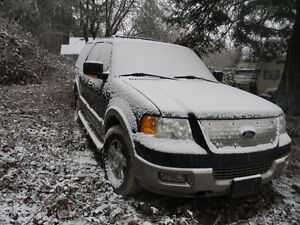 2004 Ford Expedition Eddie Bauer SUV, Crossover (parts or fixer)