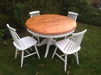 Shabby chic round extendible dining table and four chairs