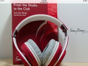 Fanny Wang Headphones New West Island Greater Montréal image 2