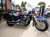 Honda VT750 Shadow, 09/09reg 2Tone VGC Panniers, Screen