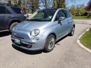 2013 Fiat 500 Lounge w/ Sunroof, Beats Audio and Heated Leather