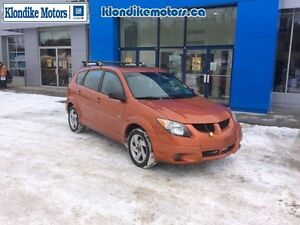 2004 Pontiac Vibe Base, 299,999 KMs, Manual Transmission