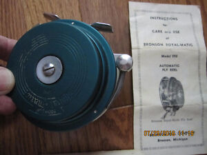 Bronson No 390 Vintage Fly Reel Sarnia Sarnia Area image 4
