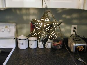 Metal hanging star light