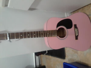 pink guitare perfect for beginners