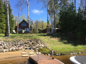 Mink Lake Cottage for Sale - Weed Free Beach !!! 4 Season