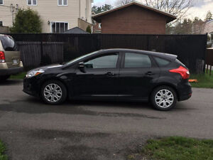 2014 Ford Focus hatchback à LOUER