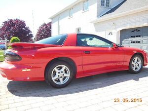 1996 Pontiac Trans Am T-bar Coupe (2 door)