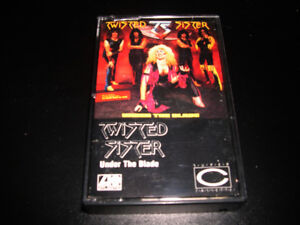 Twisted Sister - Under the blade 1982 cassette audio Heavy Metal