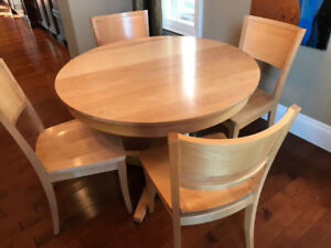 Solid Wood Round Kitchen Table and 4 Chairs by Dinec