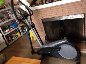 Golds gym elliptical