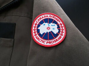 Canada Goose jackets online price - Canada Goose Jacket | Buy or Sell Clothing in Ottawa | Kijiji ...