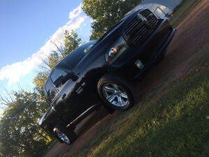 2014 ram 1500 sport rims and tires