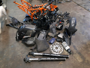 PARTING OUT 2016 KTM 390