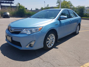 2013 Camry Hybrid XLE - Navigation package