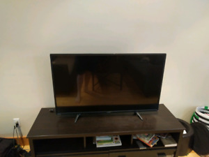 "4K 49"" LCD Toshiba Smart TV"