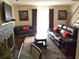 Rent 3/4 Bedroom Furnished Townhouse Short or Long Term Sarnia