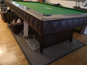 Reduced $200 for quick sale. Full size pool table&accessories