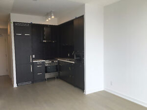 Distillery District Brand New 1 Bed Rom+Den+1 Wash Rm for Rent!