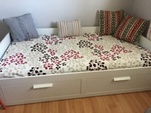 single daybed converting into a double bed