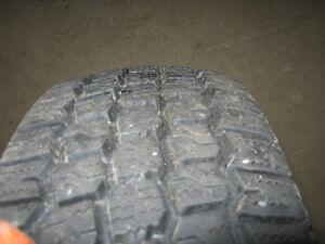 4 pneus d'hiver Winter King 820 175/70R13
