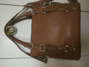Beautiful Leather Soprano Handbag