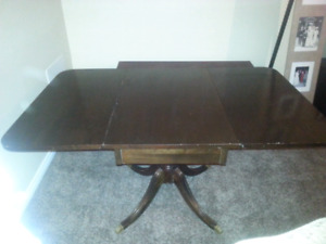 Antique adjustable dining table
