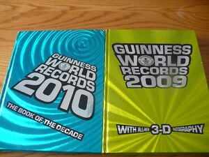 Lot of 2 Guinness World Record Books