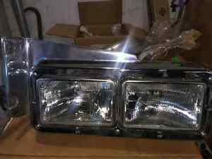 Pete 379 R/S headlight Assembly