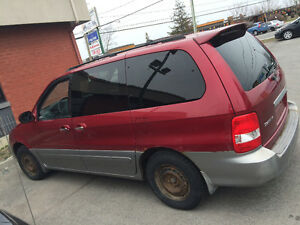 Kia Sedona 2002,650$ automatique
